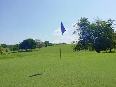 Golf at nearby Club Deportivo